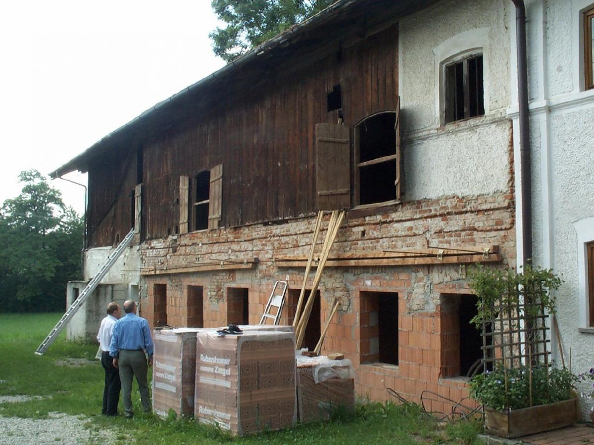 sanierung u ausbau eines landwirtschaftl anwesens im landkreis m hldorf a inn. Black Bedroom Furniture Sets. Home Design Ideas